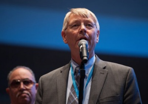 На годичном совещании было предложено внести изменения в Церковное руководство