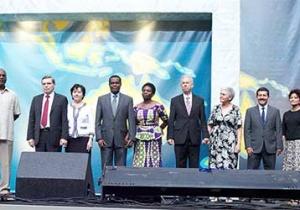 Информация о шести избранных вице-президентах ГК. Среди них Билл Биаджи и Артур Штеле